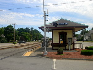 Shirley_station_facing_inbound